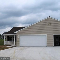 Photo of 1335 Pleasant View DRIVE, Spring Grove, PA 17362 (MLS # 1000209824)