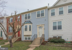Photo of 5809 Stream Pond COURT, Centreville, VA 20120 (MLS # 1000218486)