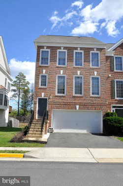 Photo of 25240 Dunvegan SQUARE, Chantilly, VA 20152 (MLS # 1000226928)