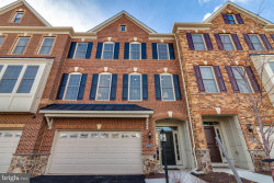 Photo of 22563 Windsor Locks SQUARE, Ashburn, VA 20148 (MLS # 1000233106)