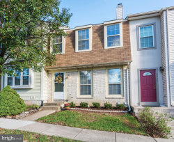 Photo of 6923 Hovingham COURT, Centreville, VA 20121 (MLS # 1000271416)