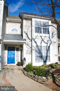 Photo of 6211 Stonepath CIRCLE, Centreville, VA 20120 (MLS # 1000273984)