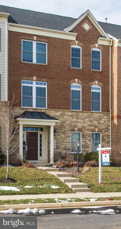 Photo of 24945 Earlsford DRIVE, Chantilly, VA 20152 (MLS # 1000287594)