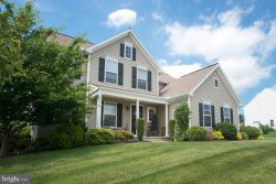 Photo of 946 Kavanagh CIRCLE, Red Lion, PA 17356 (MLS # 1000393060)