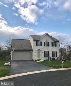 Photo of 5 Fawn Glenn COURT, Lititz, PA 17543 (MLS # 1000403330)