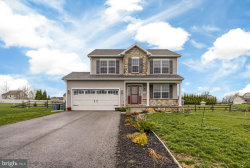 Photo of 142 Meadowview LANE, New Oxford, PA 17350 (MLS # 1000409442)