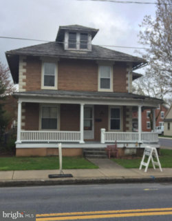 Photo of 249 W High STREET, Manheim, PA 17545 (MLS # 1000430048)