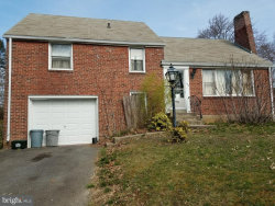 Photo of 106 Meadowbrook LANE, Brookhaven, PA 19015 (MLS # 1000431362)