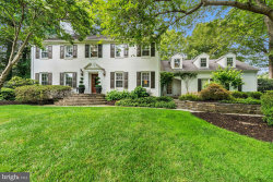 Photo of 7009 Green Oak DRIVE, Mclean, VA 22101 (MLS # 1001543736)