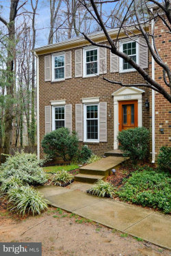 Photo of 6858 Lafayette Park DRIVE, Annandale, VA 22003 (MLS # 1001788979)