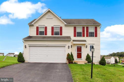 Photo of 3508 Hardwood TERRACE, Spring Grove, PA 17362 (MLS # 1001818599)