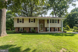 Photo of 108 Claiborne ROAD, Edgewater, MD 21037 (MLS # 1001918576)