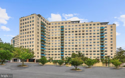 Photo of 10201 Grosvenor PLACE, Unit 915, North Bethesda, MD 20852 (MLS # 1002028900)
