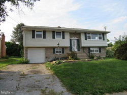 Photo of 3921 Silver Spur DRIVE, York, PA 17402 (MLS # 1002043152)