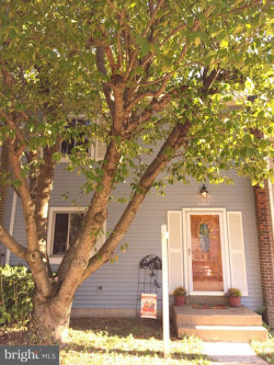 Photo of 5507 Hollins LANE, Burke, VA 22015 (MLS # 1002649567)