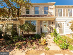 Photo of 5704 Lofthill COURT, Alexandria, VA 22303 (MLS # 1002762723)