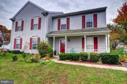 Photo of 17297 Magic Mountain DRIVE, Round Hill, VA 20141 (MLS # 1004138977)