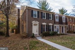 Photo of 6909 Lafayette Park DRIVE, Annandale, VA 22003 (MLS # 1004222513)