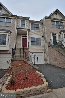 Photo of 6302 Shirey LANE, Centreville, VA 20121 (MLS # 1004350575)