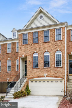 Photo of 25191 Larks TERRACE, Chantilly, VA 20152 (MLS # 1004351361)