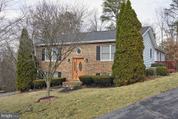 Photo of 120 Parkwood CIRCLE, Winchester, VA 22602 (MLS # 1004363991)