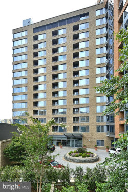 Photo of 2001 15th STREET N, Unit 608, Arlington, VA 22201 (MLS # 1004391617)