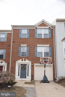 Photo of 43023 Golf View DRIVE, Chantilly, VA 20152 (MLS # 1004426663)