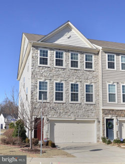 Photo of 42227 Field Post SQUARE, Chantilly, VA 20152 (MLS # 1004436631)