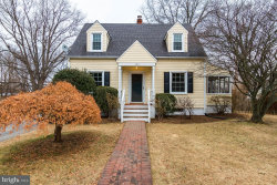 Photo of 350 S Orchard DRIVE, Purcellville, VA 20132 (MLS # 1004504079)
