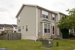 Photo of 301 Copperfield LANE, Winchester, VA 22602 (MLS # 1006272088)