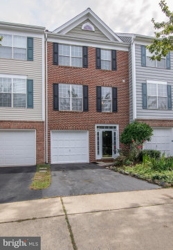 Photo of 25492 Upper Clubhouse DRIVE, Chantilly, VA 20152 (MLS # 1009950192)