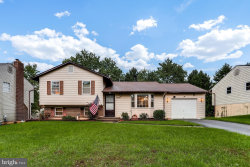 Photo of 8428 Mountain Laurel LANE, Gaithersburg, MD 20879 (MLS # 1009957052)