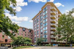Photo of 560 N STREET SW, Unit N-208, Washington, DC 20024 (MLS # DCDC260558)