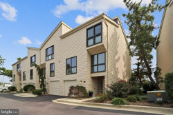 Photo of 688 Fairview AVENUE, Annapolis, MD 21403 (MLS # MDAA446760)