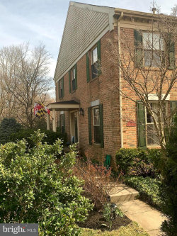 Photo of 40 Far Corners LOOP, Sparks, MD 21152 (MLS # MDBC488758)