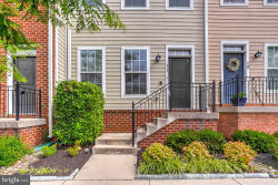 Photo of 11 Gardenside PLACE, Towson, MD 21286 (MLS # MDBC496946)
