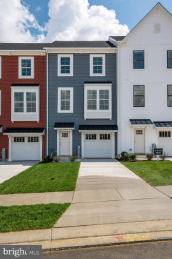 Photo of 10053 Whitaker WAY, Parkville, MD 21234 (MLS # MDBC499552)