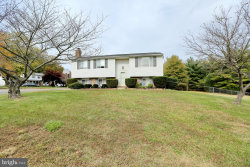Photo of 10200 Briarwood PLACE, Waldorf, MD 20601 (MLS # MDCH150950)