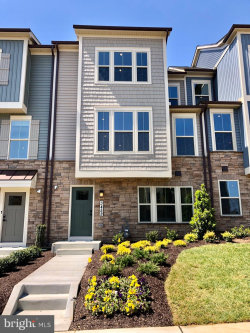 Photo of 8709 Shady Pines DRIVE, Unit 401 B, Frederick, MD 21704 (MLS # MDFR265060)