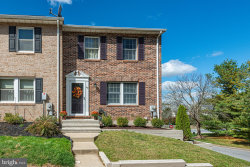 Photo of 1102 Oak View DRIVE, Mount Airy, MD 21771 (MLS # MDFR272042)