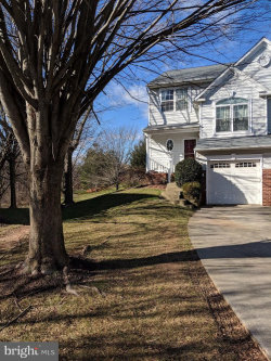Photo of 5918 Gentle Call, Clarksville, MD 21029 (MLS # MDHW209324)