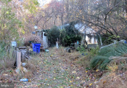 Photo of 417 Twin Arch ROAD, Mount Airy, MD 21771 (MLS # MDHW272144)