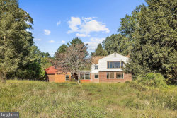 Photo of 6865 Haviland Mill ROAD, Clarksville, MD 21029 (MLS # MDHW286196)