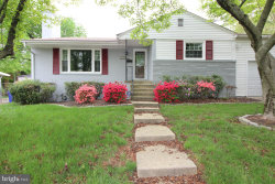 Photo of 9613 Singleton DRIVE, Bethesda, MD 20817 (MLS # MDMC436172)