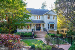 Photo of 4808 Cumberland AVENUE, Chevy Chase, MD 20815 (MLS # MDMC622898)