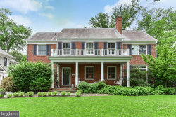 Photo of 4808 Essex AVENUE, Chevy Chase, MD 20815 (MLS # MDMC623598)
