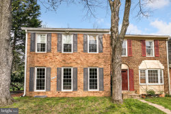 Photo of 9215 Weathervane PLACE, Gaithersburg, MD 20886 (MLS # MDMC652398)