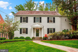 Photo of 4810 Essex AVENUE, Chevy Chase, MD 20815 (MLS # MDMC655540)