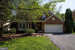 Photo of 2820 Abbey Manor CIRCLE, Olney, MD 20832 (MLS # MDMC661914)