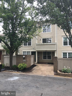 Photo of 8804 Dowling Park PLACE, Montgomery Village, MD 20879 (MLS # MDMC663550)